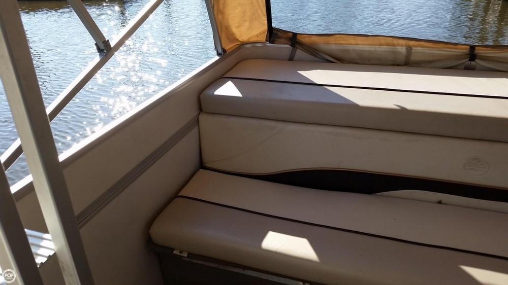 2003 Sun Tracker 32 Party Cruiser - Photo #12