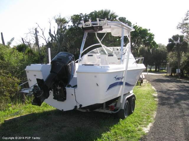 2004 Pro-Line boat for sale, model of the boat is 22 Walkaround & Image # 6 of 40