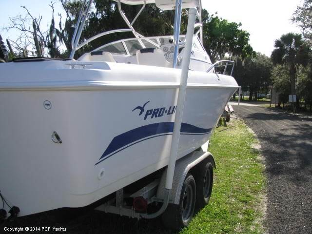 2004 Pro-Line boat for sale, model of the boat is 22 Walkaround & Image # 7 of 40