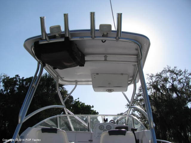 2004 Pro-Line boat for sale, model of the boat is 22 Walkaround & Image # 17 of 40