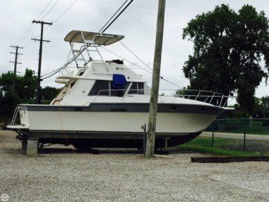 Silverton 34 Sedan Bridge, 34', for sale - $29,900