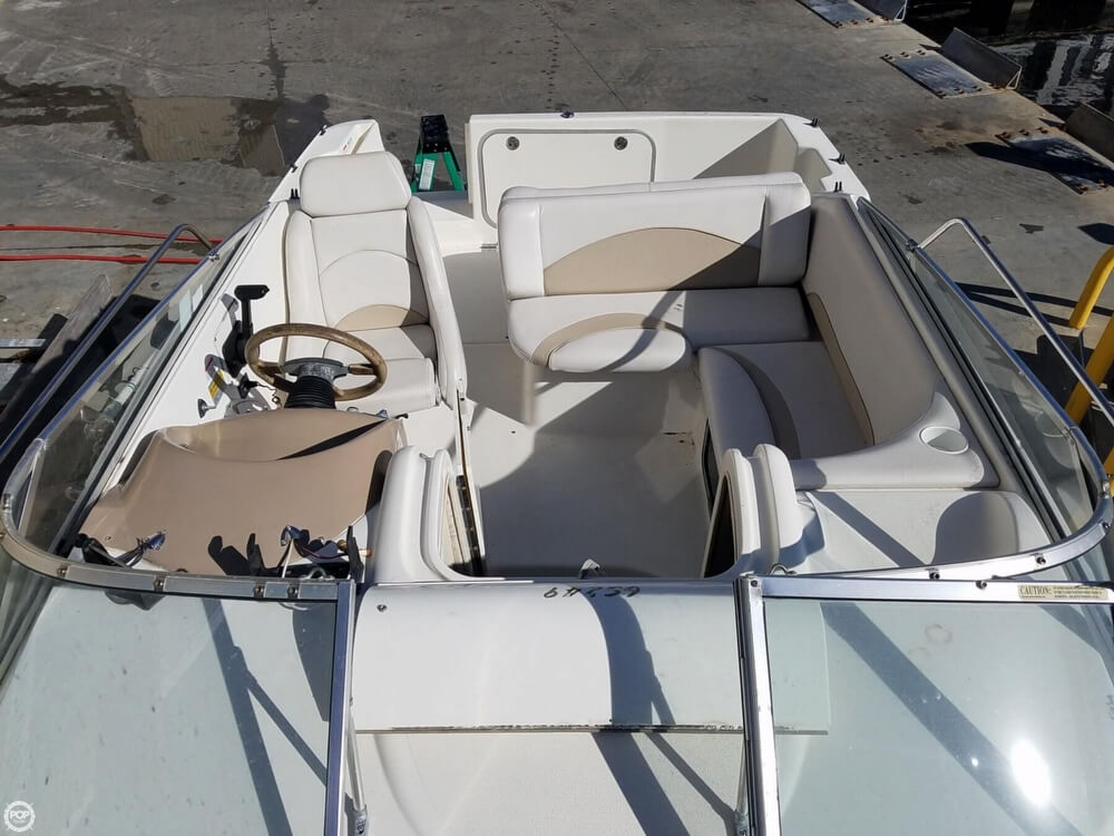 2002 Glastron boat for sale, model of the boat is GS 249 & Image # 2 of 40