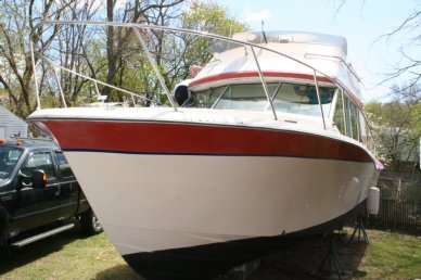 Bayliner 33 Uniflight, 33', for sale - $30,000