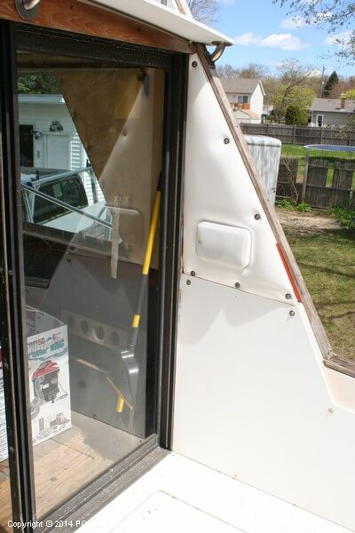 1974 Bayliner boat for sale, model of the boat is 33 Uniflight & Image # 18 of 40
