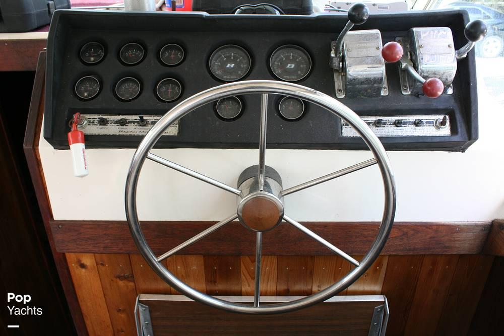 1974 Bayliner boat for sale, model of the boat is 33 Uniflight & Image # 21 of 40