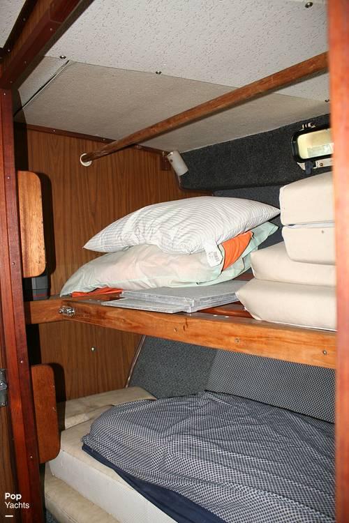 1974 Bayliner boat for sale, model of the boat is 33 Uniflight & Image # 8 of 40