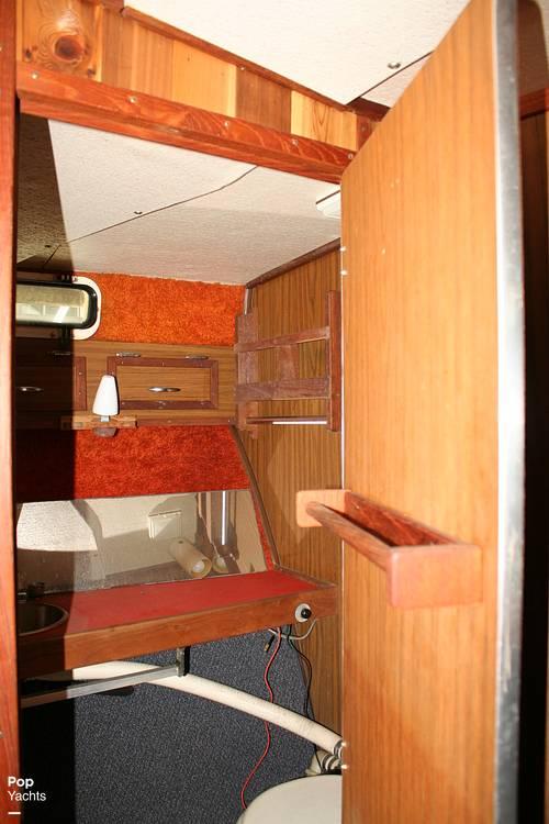 1974 Bayliner boat for sale, model of the boat is 33 Uniflight & Image # 27 of 40