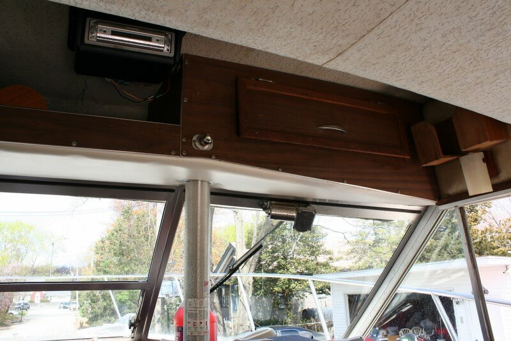 1974 Bayliner boat for sale, model of the boat is 33 Uniflight & Image # 36 of 40