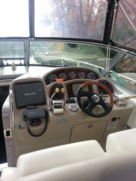 2005 Sea Ray 320 Sundancer - Photo #12