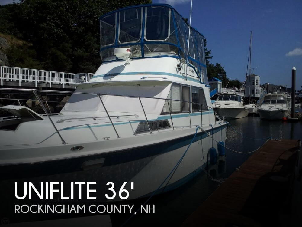 1973 Uniflite 36 Sedan Cruiser Flybridge - Photo #1