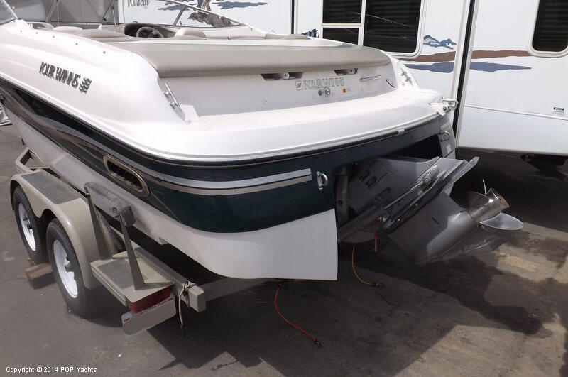 1999 Four Winns boat for sale, model of the boat is 220 Horizon & Image # 6 of 40