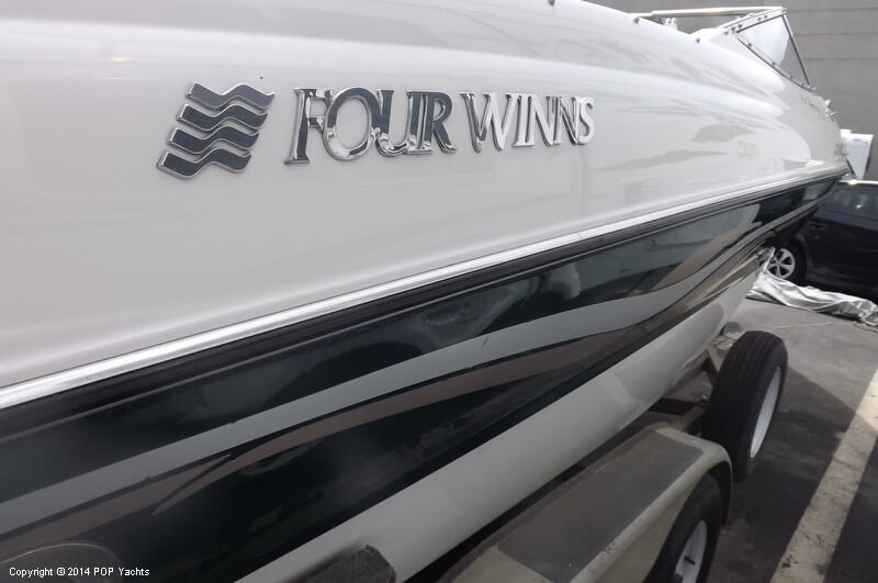 1999 Four Winns boat for sale, model of the boat is 220 Horizon & Image # 14 of 40