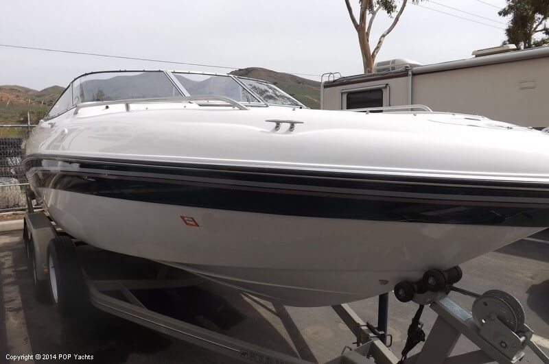 1999 Four Winns boat for sale, model of the boat is 220 Horizon & Image # 18 of 40