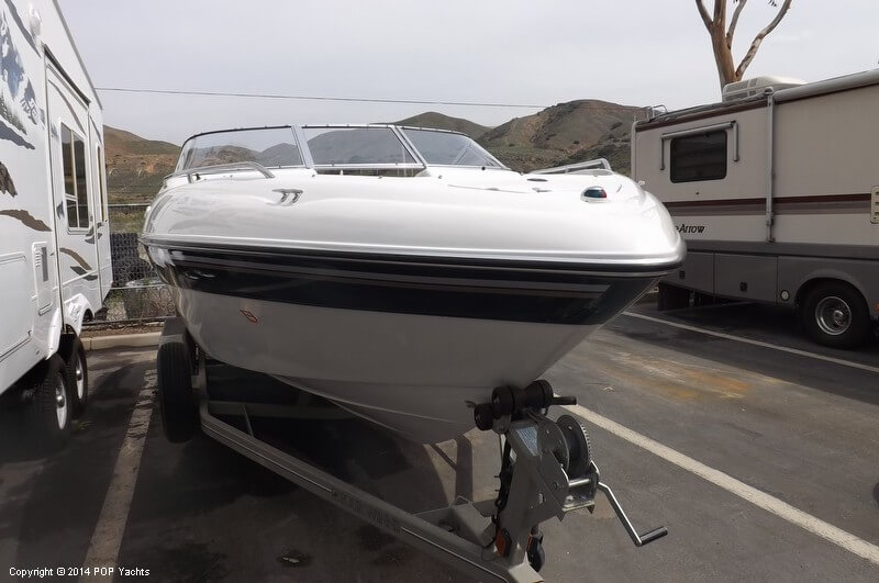 1999 Four Winns boat for sale, model of the boat is 220 Horizon & Image # 19 of 40