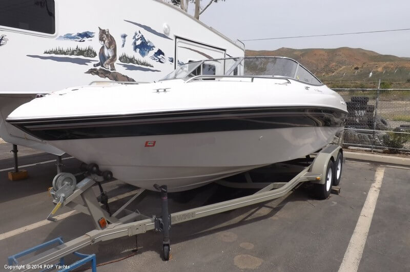 1999 Four Winns boat for sale, model of the boat is 220 Horizon & Image # 33 of 40