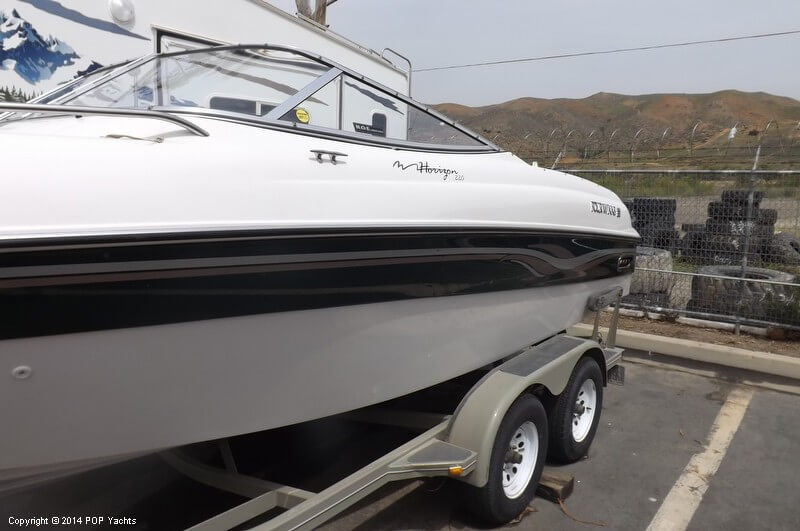 1999 Four Winns boat for sale, model of the boat is 220 Horizon & Image # 34 of 40