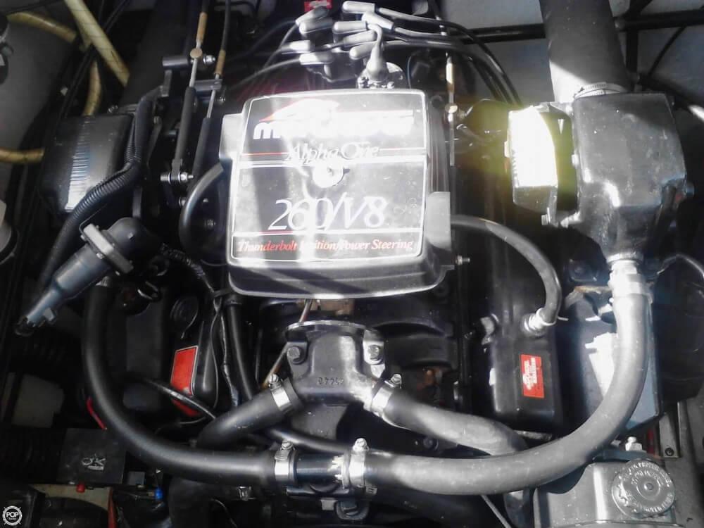 1986 Formula 272 LS - Photo #12