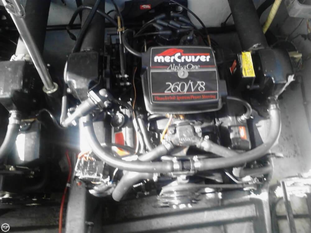 1986 Formula 272 LS - Photo #13