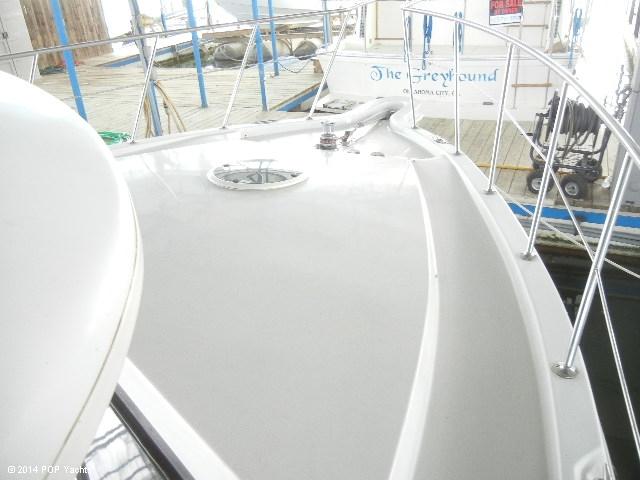 2003 Bluewater Yachts 5200 - Photo #5