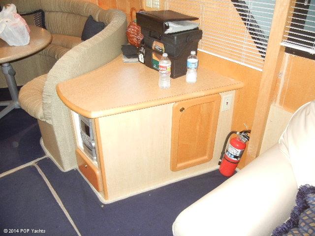 2003 Bluewater Yachts 5200 - Photo #11