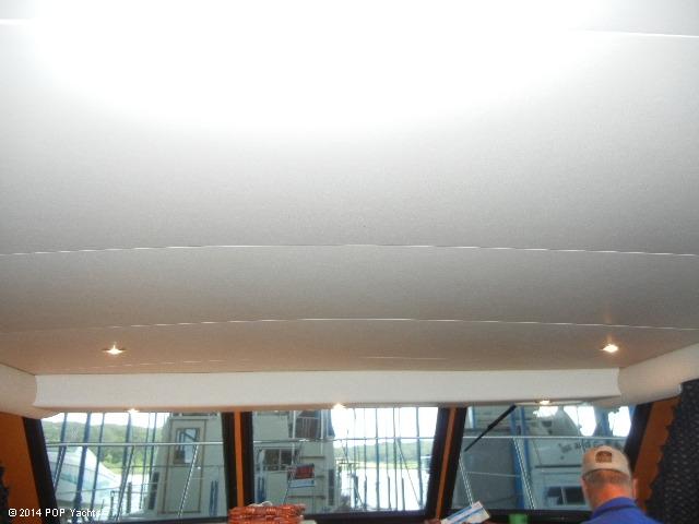 2003 Bluewater Yachts 5200 - Photo #14