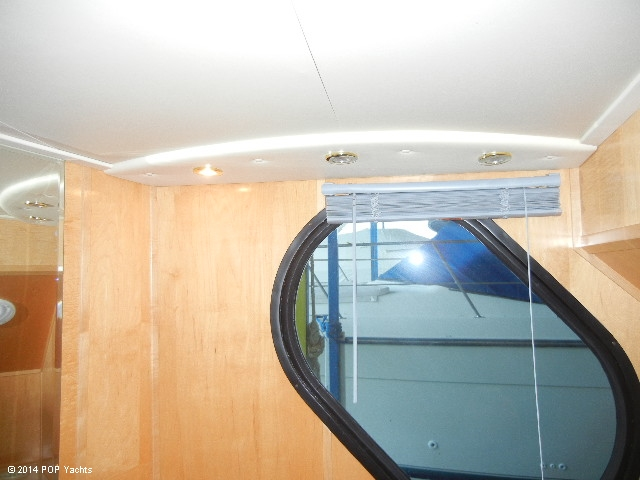 2003 Bluewater Yachts 5200 - Photo #15