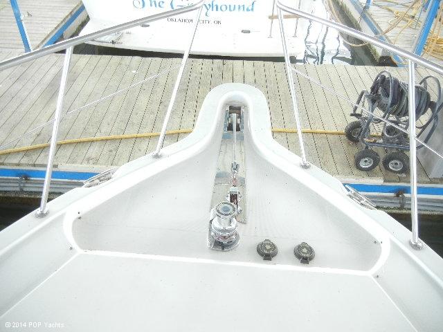 2003 Bluewater Yachts 5200 - Photo #22