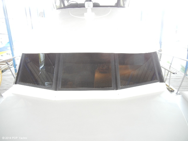 2003 Bluewater Yachts 5200 - Photo #25