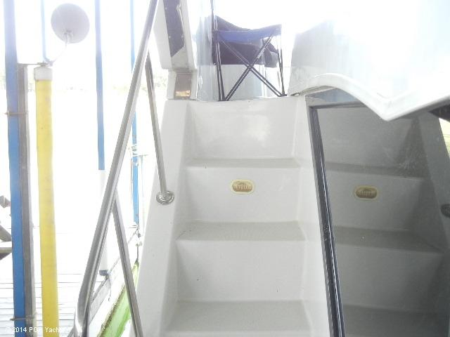 2003 Bluewater Yachts 5200 - Photo #35