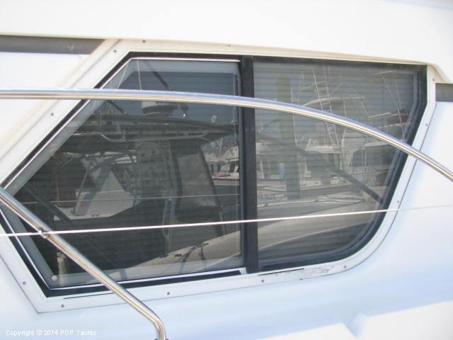 1999 Silverton 351 Sedan Cruiser - Photo #20
