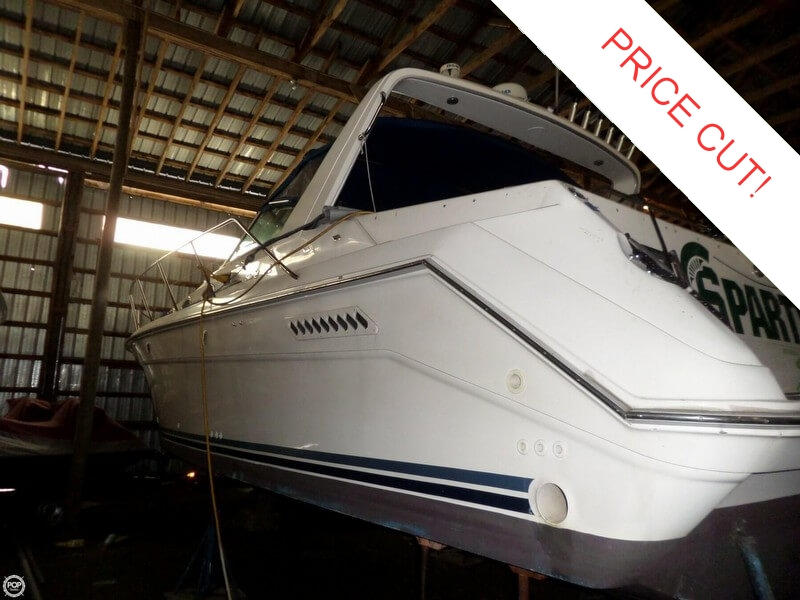 1995 Sea Ray 370 Express Cruiser - Photo #2