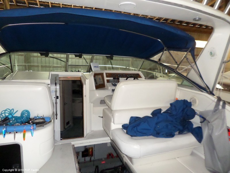 1995 Sea Ray 370 Express Cruiser - Photo #17
