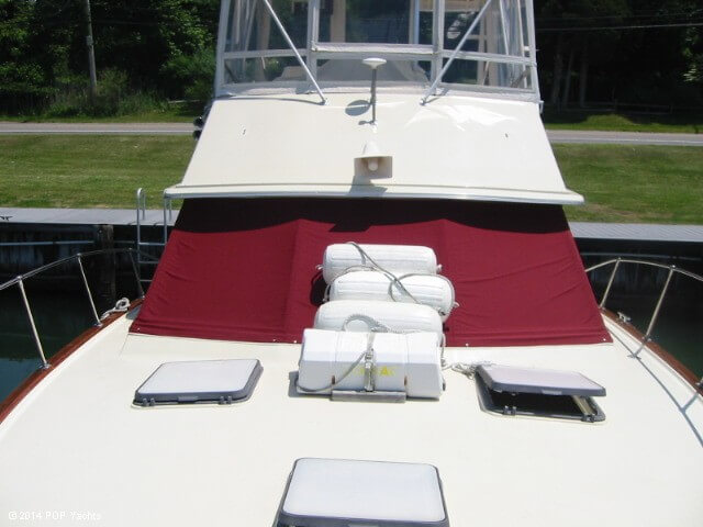 1983 Trojan boat for sale, model of the boat is 36 Flybridge Convertible & Image # 33 of 40
