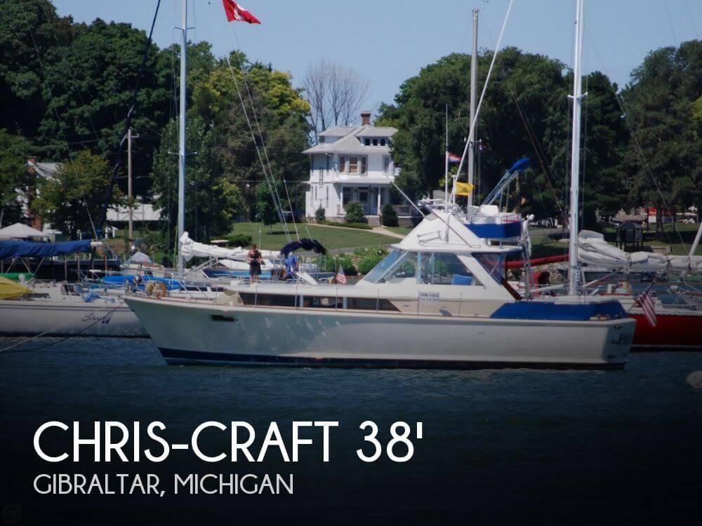 1968 Chris-Craft 38 Commander