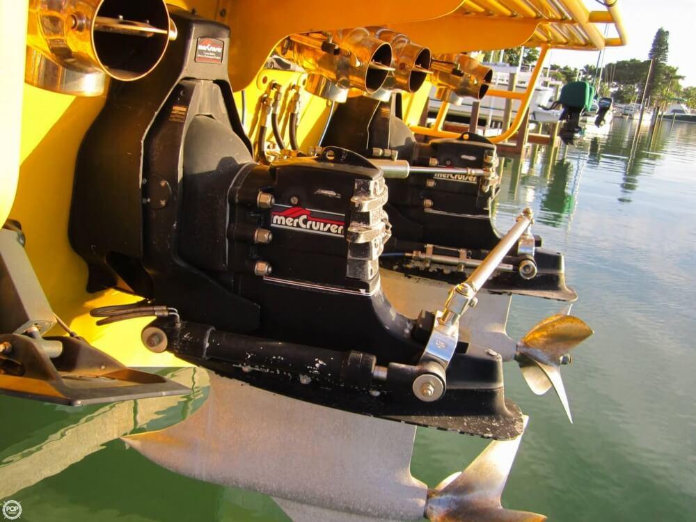 1995 Apache Powerboats 36 Warrior - Photo #23