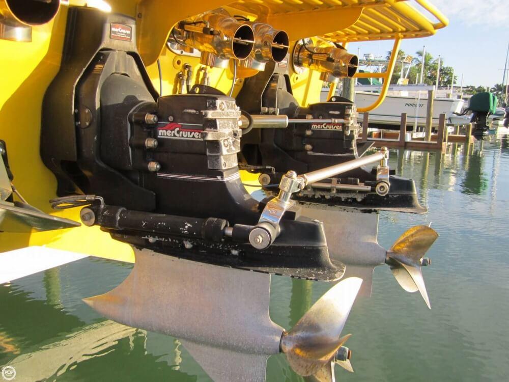 1995 Apache Powerboats 36 Warrior - Photo #25