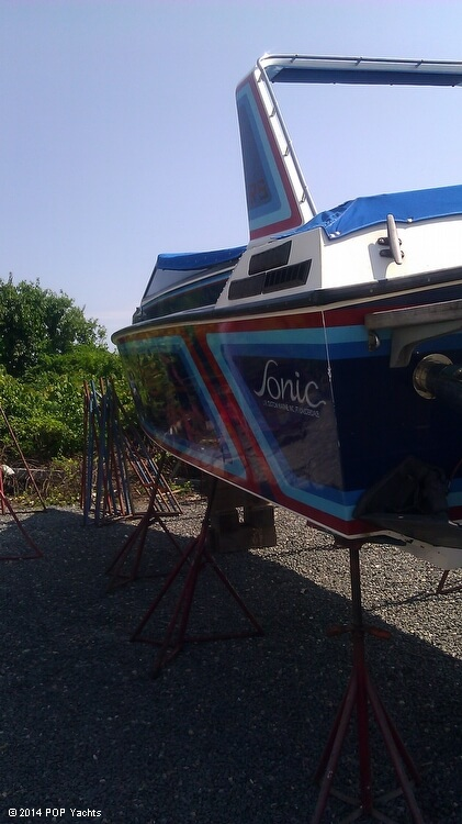 1984 Sonic boat for sale, model of the boat is 33 RS & Image # 8 of 40