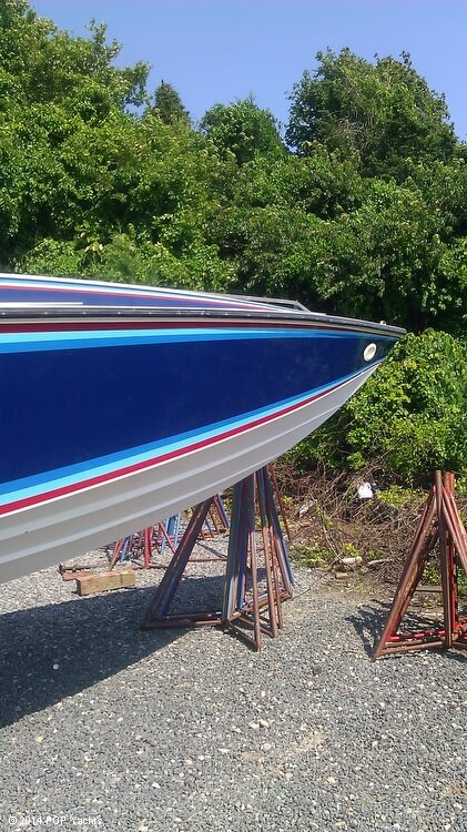 1984 Sonic boat for sale, model of the boat is 33 RS & Image # 12 of 40