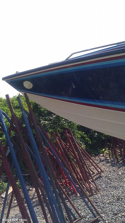 1984 Sonic boat for sale, model of the boat is 33 RS & Image # 28 of 40