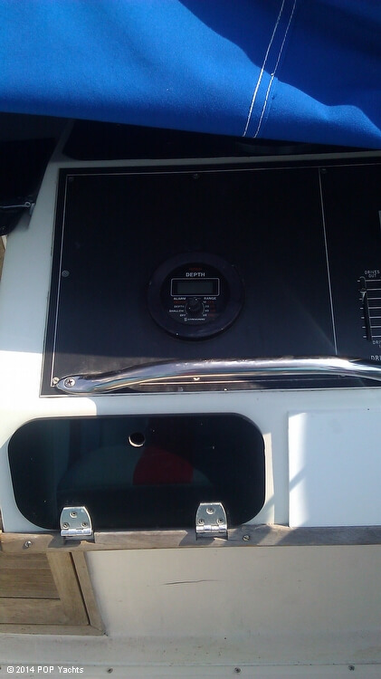 1984 Sonic boat for sale, model of the boat is 33 RS & Image # 35 of 40