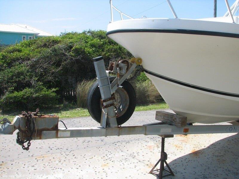 2006 Dusky Marine 256 FAC/Keel Model - Photo #5