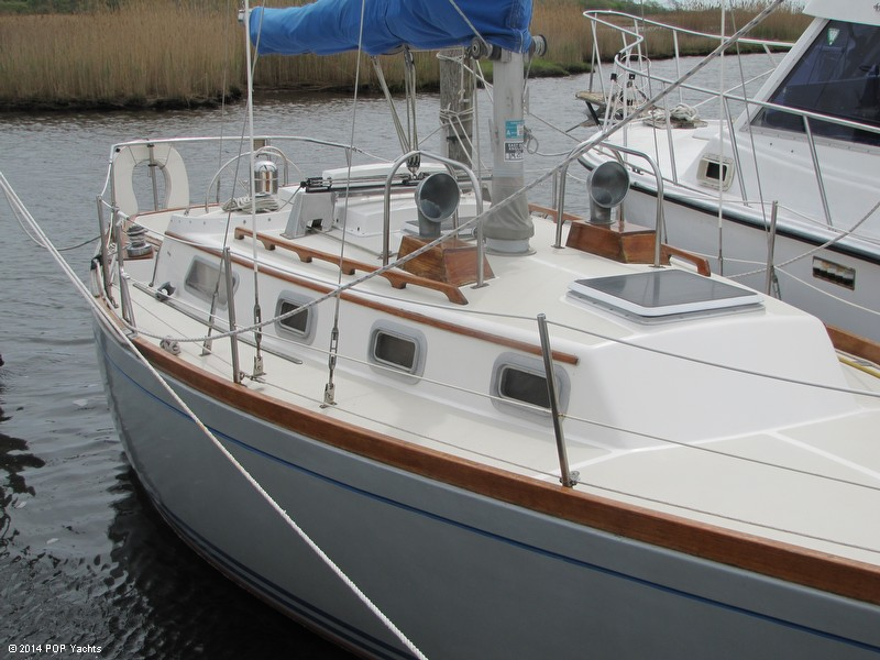 1985 Bristol Yachts 31-1 - Photo #4