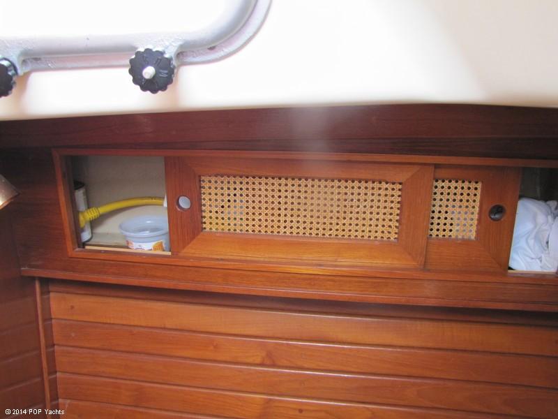 1985 Bristol Yachts 31-1 - Photo #14