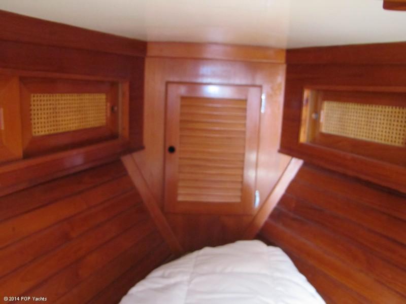 1985 Bristol Yachts 31-1 - Photo #16