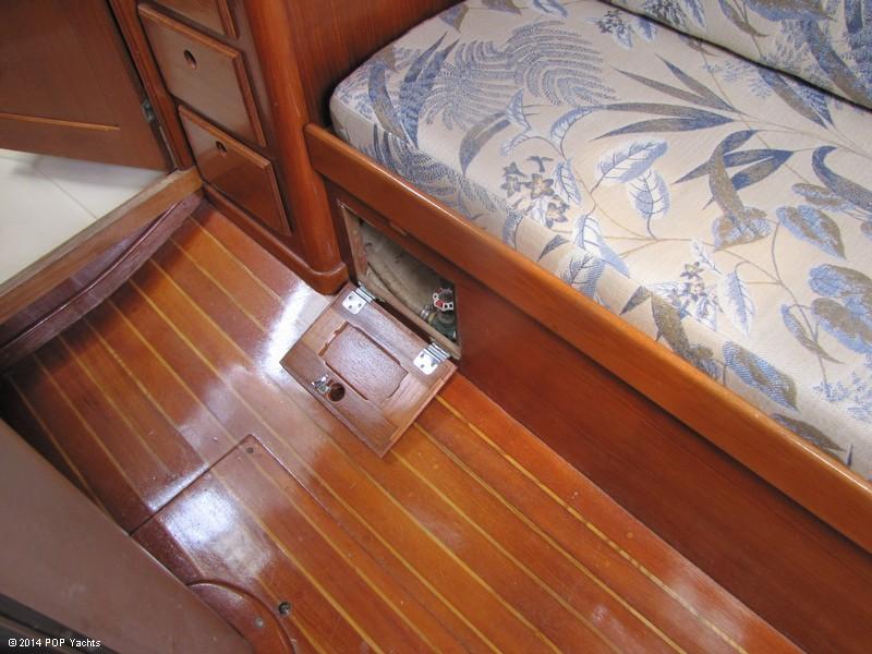 1985 Bristol Yachts 31-1 - Photo #38