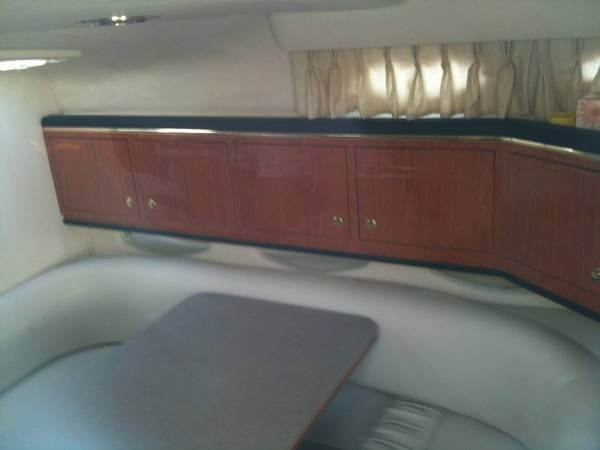 2001 Sea Ray 310 Sundancer - Photo #15
