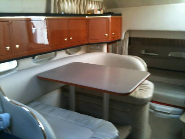 2001 Sea Ray 310 Sundancer - Photo #17