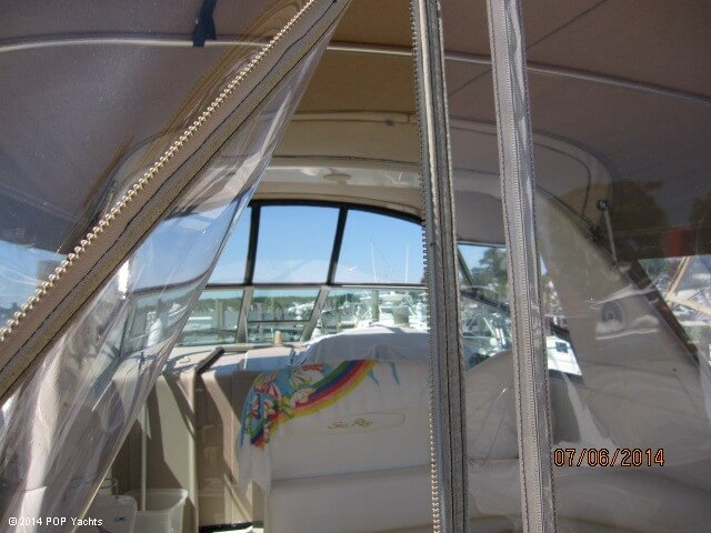 2001 Sea Ray 310 Sundancer - Photo #33