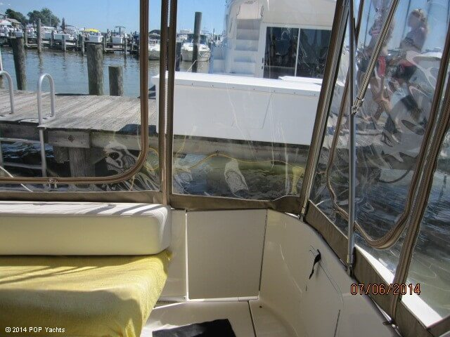 2001 Sea Ray 310 Sundancer - Photo #39
