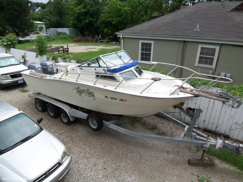 Hydra-Sports 25 Walkaround, 25', for sale - $15,000